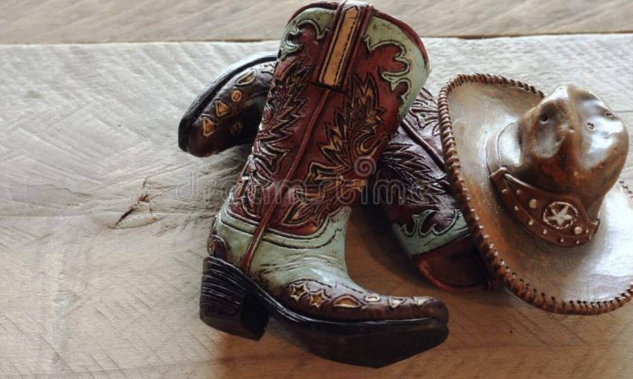 What Color Cowboy Hat to Wear with Brown Boots?
